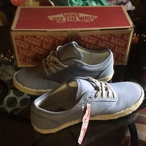 Vans Atwood Low size 8